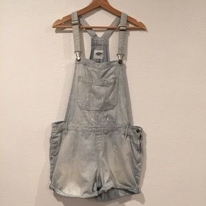 Old Navy Denim Overall Shorts Size L